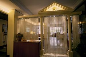 La Hall dell'Augustus Hotel a ottaviano