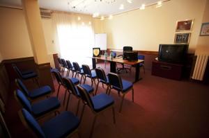 hotel 4 stelle vicino Pomigliano con sala conferenze